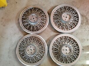 983 1988 Ford Thunderbird Wire Wheel Covers