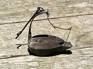 Nice Primitive Antique 1800 S Wrought Iron Betty Lamp Grease Fat Whale Oil
