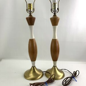 Vintage Pair Of Mid Century Modern Wood Brass Table Lamps 22