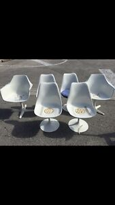 1960s Tulip Chairs Mid Century Modern Set Of 6 White Seats Knoll Burk Saarinen