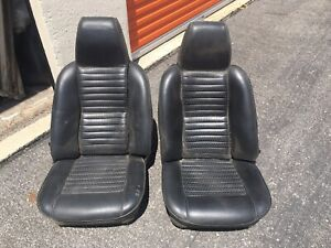 Triumph Tr6 Seats 1971 With Integral Headrest