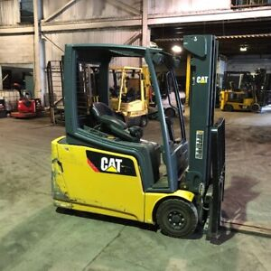 2012 Cat 3000lbs Electric Used Forklift W triple Mast Sideshift And 4920 Hours
