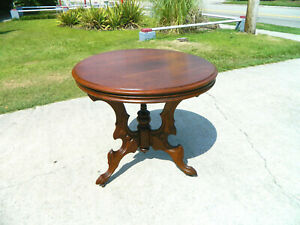 Solid Walnut Round Victorian Center Table Lamp Table Breakfast Table