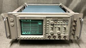 Tektronix Tds 420a Four Channel Rack Mount Oscilloscope 200 Mhz Option 05