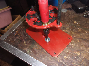 MEC 650 12 GA PROGRESSIVE SHOTSHELL RELOADING PRESS [LOT 432]