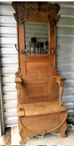 1890s Victorian Era Hall Tree Tiger Oak With Beveled Mirror And Storage Seat