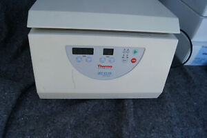 Thermo Scientific Iec Cl 10 Benchtop Centrifuge
