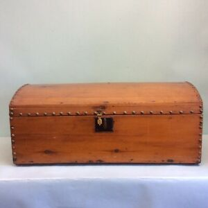 Antique Handmade Domed Top Wooden Trunk 27 L