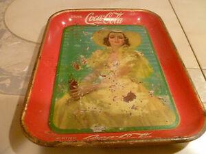VINTAGE ORIGINAL 1938 COCA-COLA SERVING TRAY ~ Southern bell in yellow dress