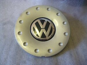 Volkswagon Center Cap b9037 1j0071212 666