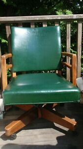 Vintage Mid Century Green Leather Murphy Miller Rolling Swivel Office Chair