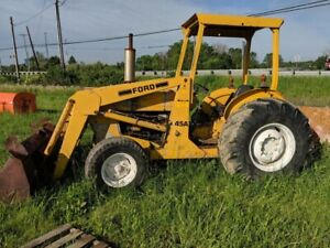 Ford Tractor 445a