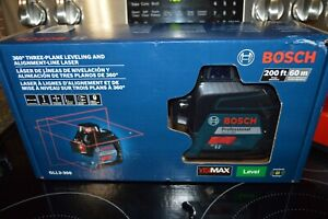 New Bosch Gll3 300 360 Degree Three plane Leveling Alignment line Laser