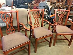 Lot Of 8 traditional Dining Chair By Bernhardt design W cherry Finish Wood Frame