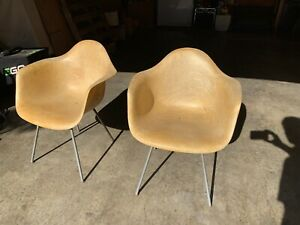 Pair Herman Miller Eames Zenith 1st Generation Rope Edge Arm Shell Chairs