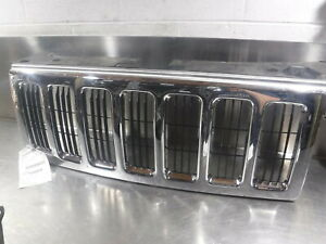 2006 2007 2008 2009 2010 Jeep Commander Chrome Grille Oem 761348
