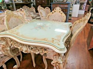 Silik Italian Dining Table And Chairs