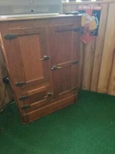 Excellent Antique Vintage Oak Procelain Ice Box Refrigerator