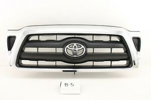 Oem Grille Grill Chrome Toyota Tacoma 05 06 07 08 09 10 11 Scratch