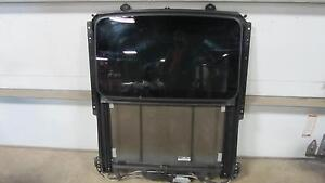 05 11 Cadillac Sts Sunroof Sun Roof Track Motor Glass Complete Slider Assembly