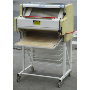 Oliver 600 r3 French Baguette Molder Used Good Condition