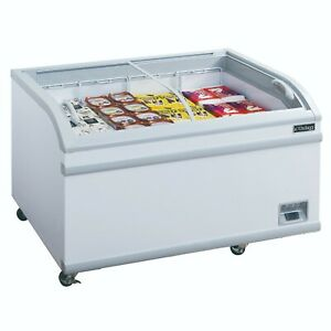 New Dukers Wd 700y Commercial Chest Freezer In White
