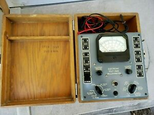 Vintage Circa 1947 Weston Electronic Volt Ohm Milliammeter Model 769 Wood Case