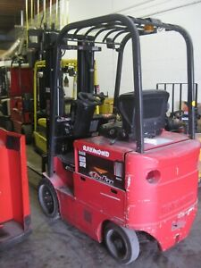 Raymond Electric Forklift 5000 Cap Low Hours 36 Volt Reconditioned Battery