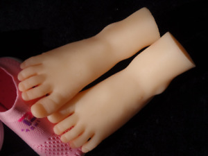 Top Quality Silicone Cute Little Feet Model Display Shoes socks 1 Pair