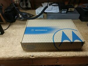 Motorola Ht1250 16 Channels Vhf 136 174mhz 5 Watts With Oem Box And Speaker Mic