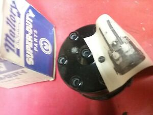 Mallory 4002 Two Piece Distributor Cap 6 Cylinder Nos