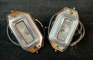 1954 1955 55 Buick Cadillac License Plate Light Lens Housing Guide L4 54 Rear