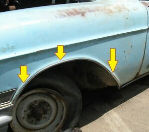 1957 Cadillac Fleetwood 60 Special Left Front Fender Wheel Opening Moulding