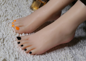 Top Quality Realistic Silicone Female Feet Mannequin Dignified Delicate Feet