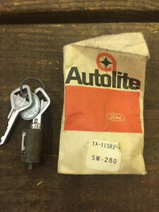 Nos 1949 1950 1951 Ford Ignition Switch Cylinder Bezel With Keys 1a 11582 A Oem
