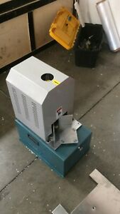Used Electrical Round Cornering Corner Rounder Cutter With 7 Built Dies