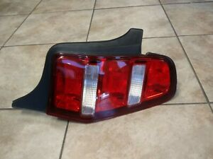2012 Ford Mustang Right Tail Light