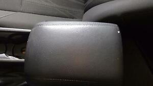 2015 18 Ford Focus Center Console Lid Armrest Charcoal Black yw