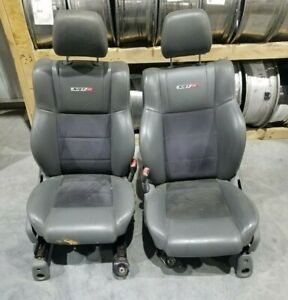 2006 2008 Jeep Grand Cherokee Srt8 Front Seat Set Gray Black Leather Oem