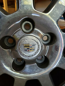 Cadillac Dts 2007 Rims 17 Inch Oem Bolt Pattern Is 5 X 115 Mm