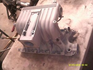 Ford Gt40 Explorer Mustang Efi With Egr Upper Lower Intake 302 5 0 V8
