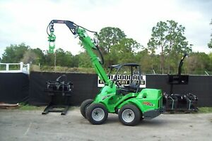 Avant 755 Articuated Loader 57hp Diesel loaded W wide Turf Tires anti Slip