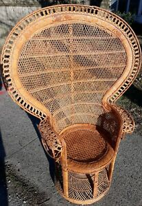 Vintage Mid Century Natural Wicker Rattan Throne Peacock Chair Art Boho Design