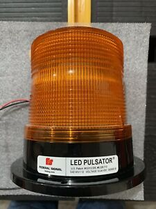 Federal Signal Sae W3 1 12 Led Pulsator Led Beacon Series B Permanent Mount