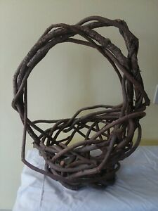 Vtg Atq Large Rustic Handmade Grape Vines Primitive Flower Gathering Basket