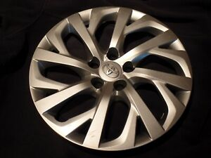 Toyota Corolla Hubcap Wheel Cover Great Replacement 2017 2018 Oem 16 B30