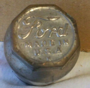 Vintage Ford Model T Or A Axle Grease Dust Wheel Cap Center Part No Cracks