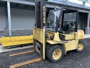 Hyster H70xl Diesel Forklift 7 000 Lbs Pneumatic Tire Forklift