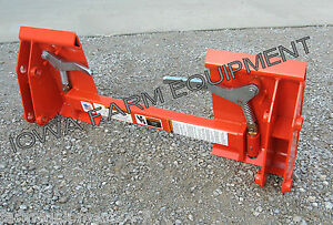 Kubota La852 Loader With Pin on Bucket To Skid Steer Quick Attach Adapter
