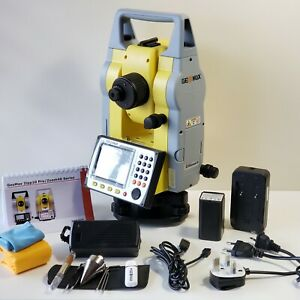 Geomax Zoom40 5 Total Station